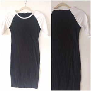 LULAROE • Julia black baseball sleeve midi dress